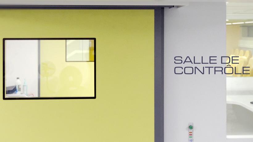 Salle de contrôle du centre ALYATEC